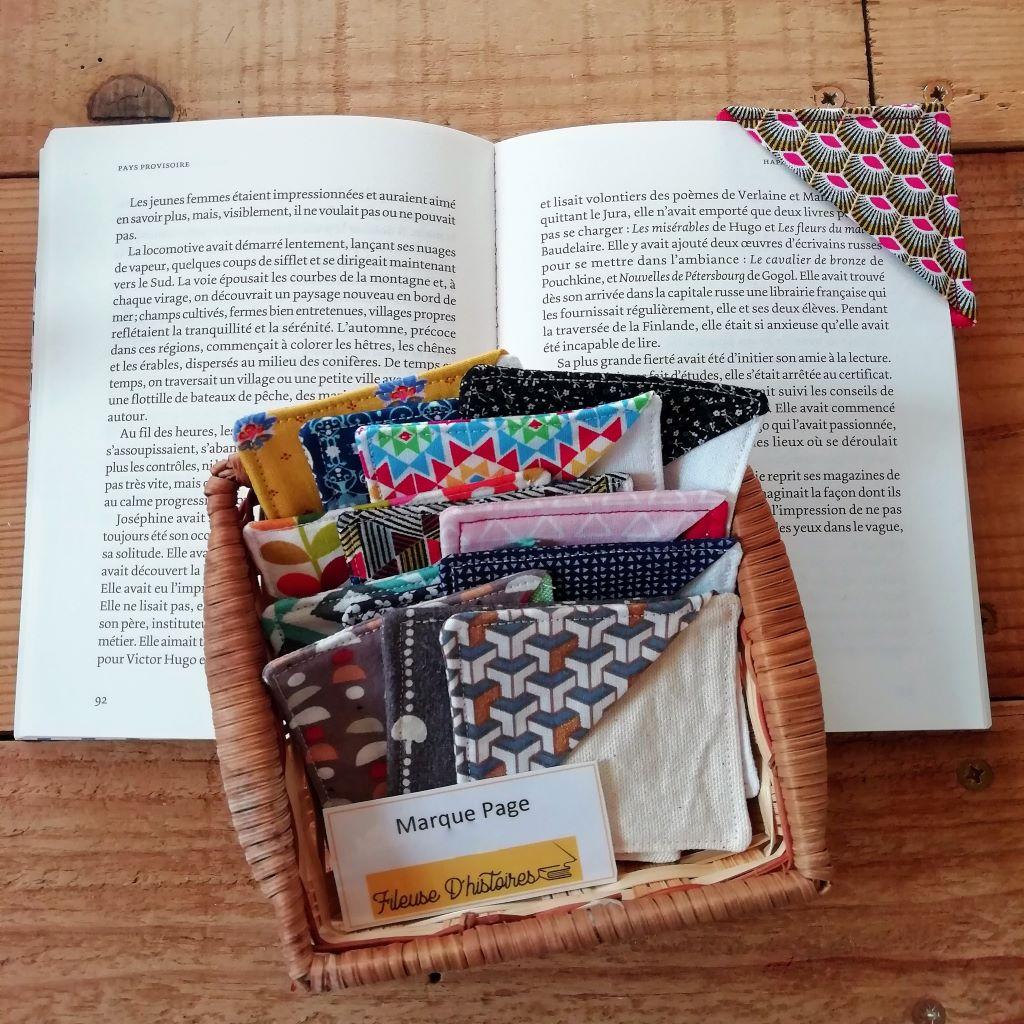 marque-page-livre-tissu-bibliotheque-fileuse-d-histoires